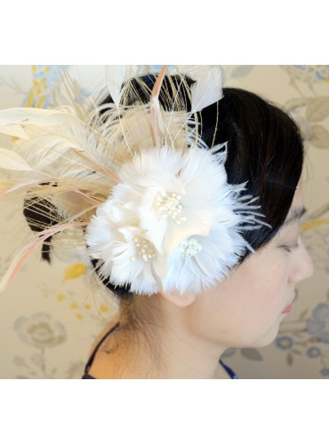 Ivory Bridal Feather Wedding Fascinator Headpiece Hair Accessory [IRISF001]